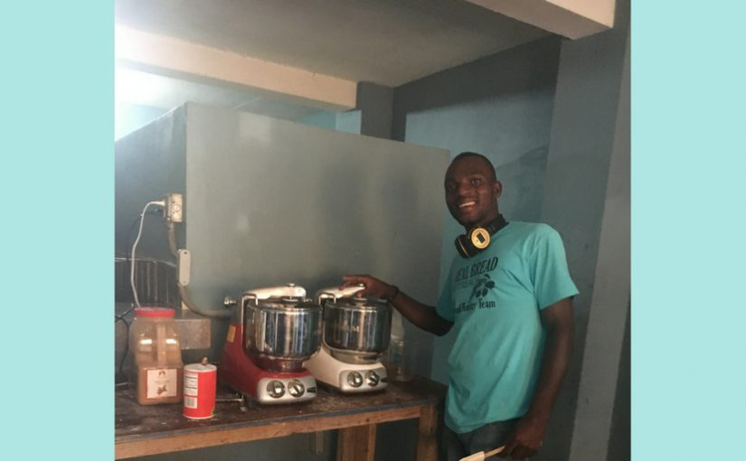 Ankarsrum – The Assistant helping to feed children in Haiti!